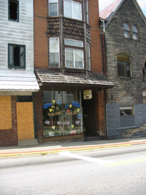 Building Housing Nancy's Beauty Salon - Connellsville, PA